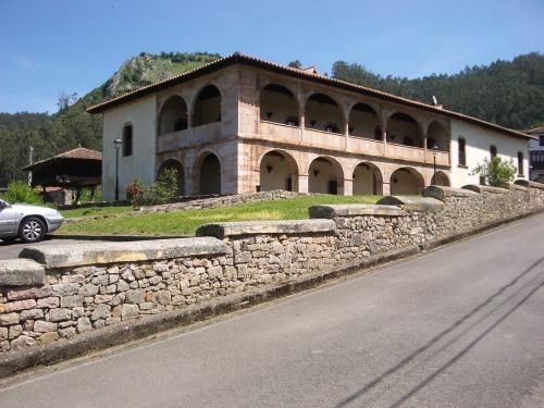 Palacio Valdés-Bazán, en San Román de Candamo. © Patrimonio Arquitectónico de Asturias